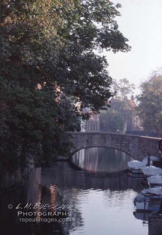 bruge canal 124-1
