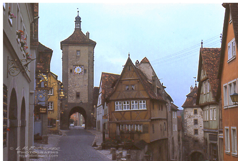 rothenburg gate 8